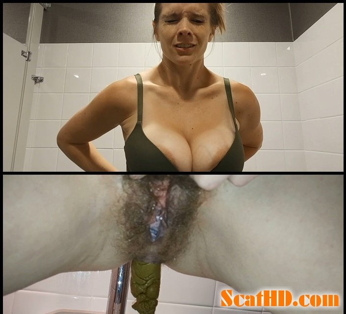 Public Porn Convention Pee and Surprise Poop - With Actress: Candie Cane [mp4] (2018) [FullHD Quality MPEG-4 Video 1920x1080 30.000 FPS 17.0 Mb/s]