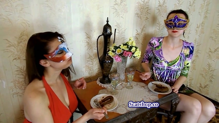 Carolina and Alice eat their poop - With Actress: ModelNatalya94 [MPEG-4] (2019) [FullHD 1920x1080]