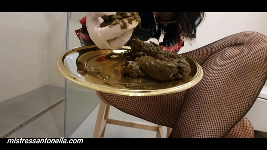 Sexy teasing with caviar and champagne - With Actress: MistressAntonellaSilicone [MPEG-4] (2020) [FullHD 1920x1080]